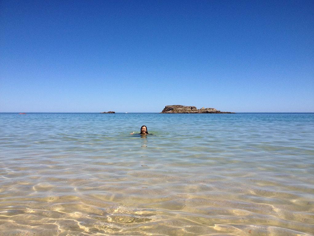 Schwimmen in der Bucht von Martinhal
